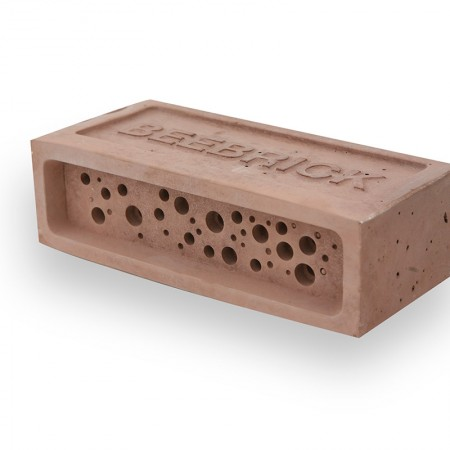 red bee brick by Green&Blue